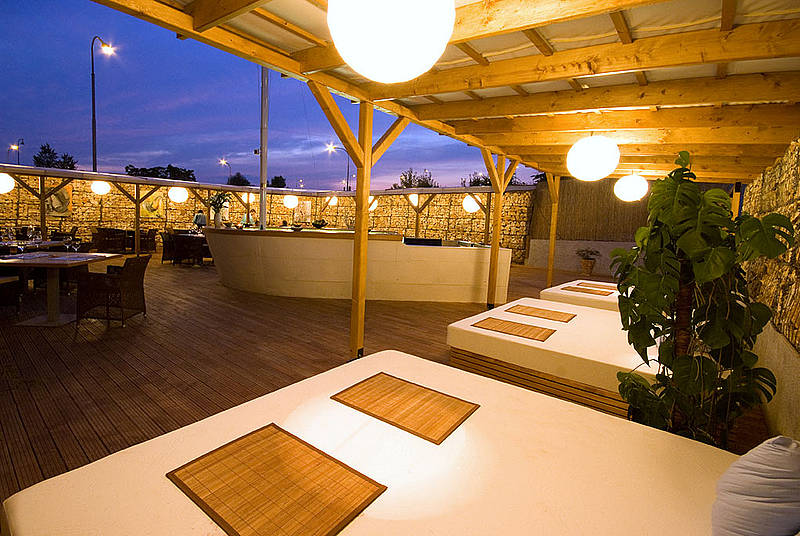Design hotel restaurant noem arch brno kr lovo pole for Design hotel noem arch